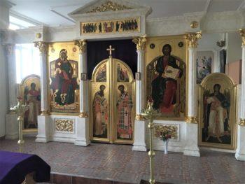 Закончили написание икон для иконостаса храма в честь Иоанна Богослова Пермской Духовной Семинарии